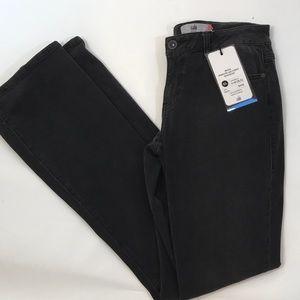 NWT CAbi Gray Boot Leg Jeans